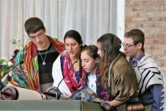 Ohav Kids Reading Torah 2